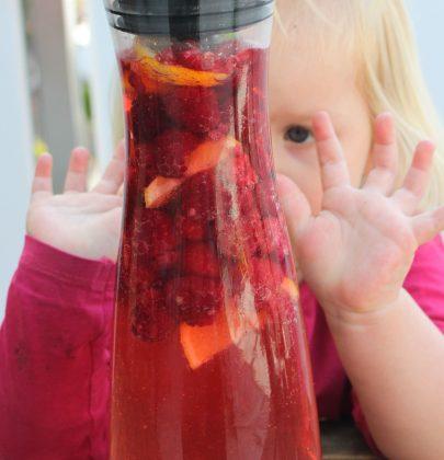 Sommerdrinks…oder wie meine Kids an heissen Tagen genug trinken